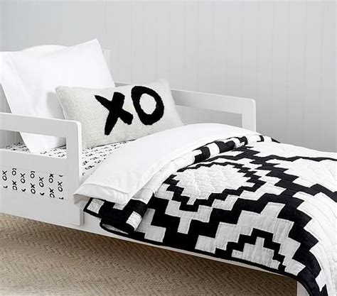 Black Pattern Bed Sheets | black and white mosaic pattern bedding