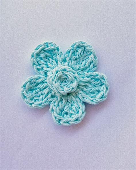 free pattern for crochet flowers flower girl cottage free crochet flower pattern