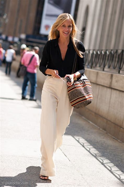 simplest work wardrobe for 35 yr old woman best 25 simple classic style ideas on pinterest classic
