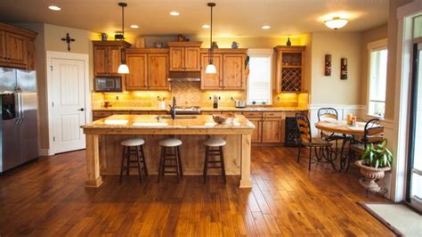 Kitchens With Wood Floors And Cabinets 34 Kitchens With Wood Floors Pictures
