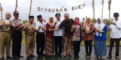 Anak Negeri Gatotkoco Suroso di pinggir sawah ganjar pranowo luncurkan buku anak