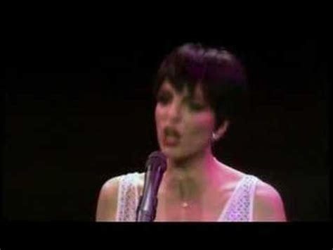 Liza minnelli sings single ladies