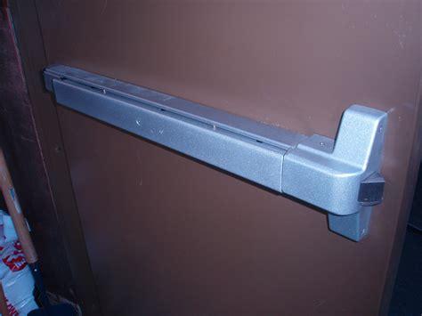Commercial Exterior Door Hardware Panic Doors Panic Doors Push Paddle Cold Storage Doors Panic Bar Handle Positive Temperature