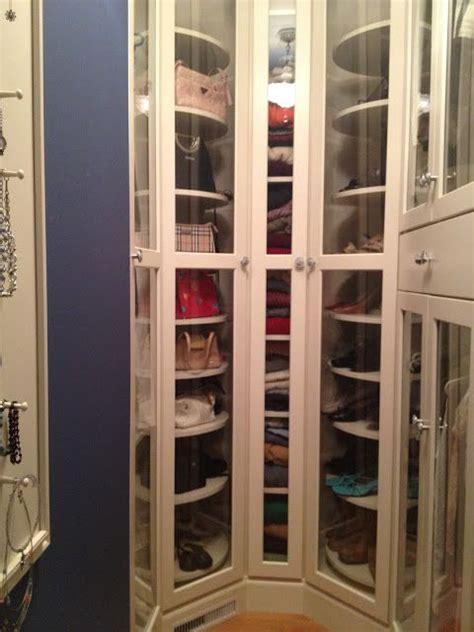 lazy susan closet