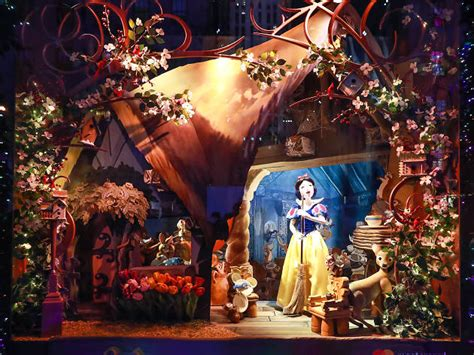 when does nyc start decorating for christmas best window displays from nyc s departments stores