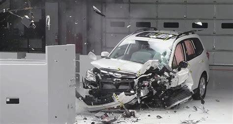 meanings car crash what do crash test scores