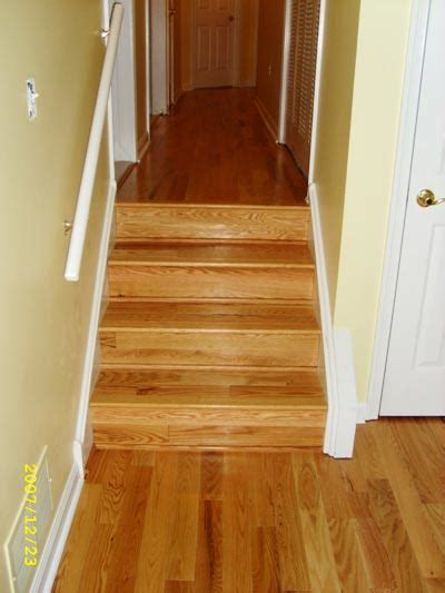 Installing Hardwood Flooring On Stairs Engineered Hardwood Floors Installing Engineered Hardwood Floors Stairs