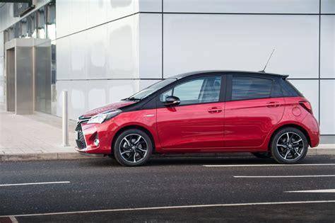yaris hybrid design exterior static 2016 current