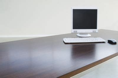 Painting A Laminate Desk how to paint a laminate desk