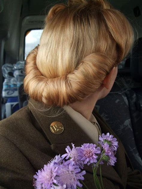 hairstyles roll five classic vintage hairstyles wednesday wish list 13