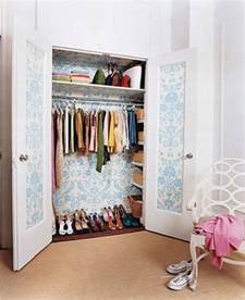 best way to organize clothes in closet closet storage ideas casual cottage