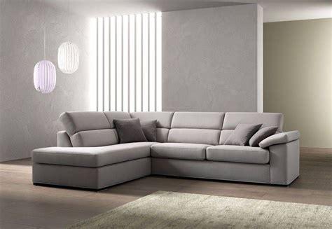 divani grigio divano grigio con penisola cerca con idee per