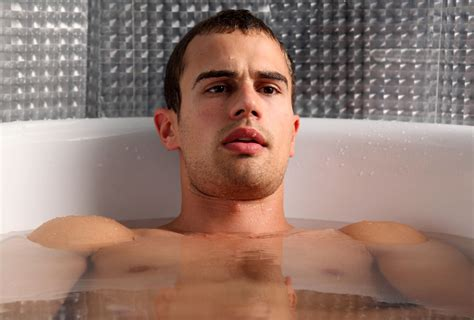 theo james bathtub divergent cast four news theo james that s normal