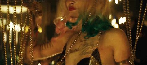 margot robbie harley quinn gif gif harley quinn margot robbie suicide squad animated