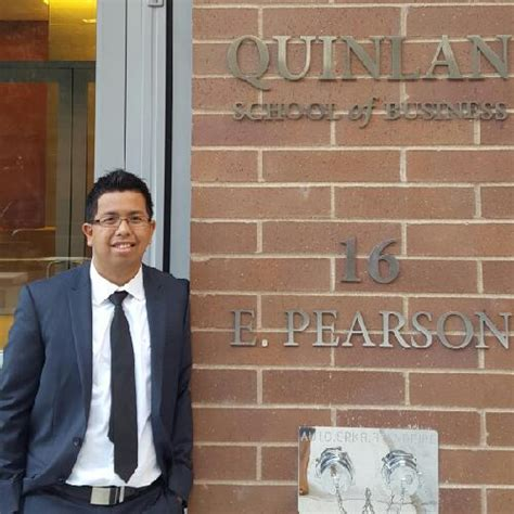 Quinlan Mba Masters In Accounting by Alumni Us Quinlan School Of Business Loyola