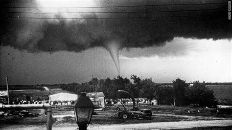 Missouri Records After 1959 Tornado Alley Prog Joplin S Toll Rises To 142