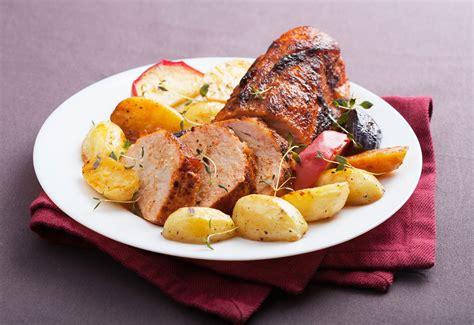 cucinare arrosto di maiale arrosto di maiale con verdure