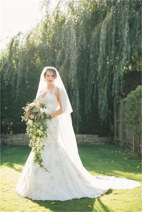 cascading bouquets bride link