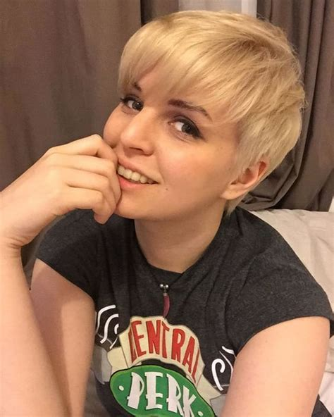 is pixie cut hair ok for chubby cheeks pixie hairstyles for round face and thin hair 2018 page