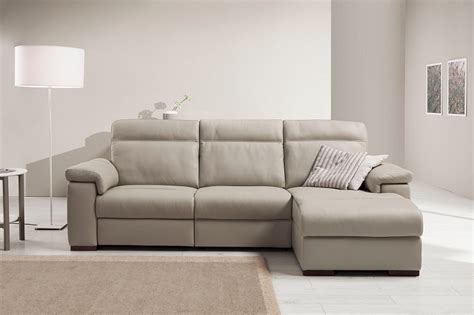 divani in pelle scontati divano pelle relax scontato 50 divani a prezzi