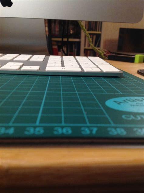 apres les iphone les claviers apple plient le journal du lapin