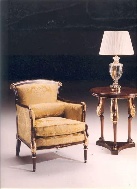 poltrone classiche di lusso poltrona in stile classico per salotti idfdesign