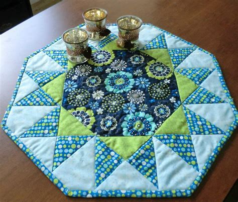 table toppers sunburst table topper by 4 daughters craftsy