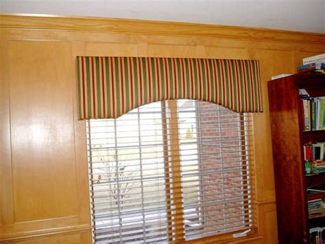 Custom Window Cornice Upholstered Valance Ideas Quotes