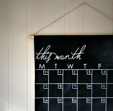 chalkboard diy calendar diy chalkboard calendar a tutorial