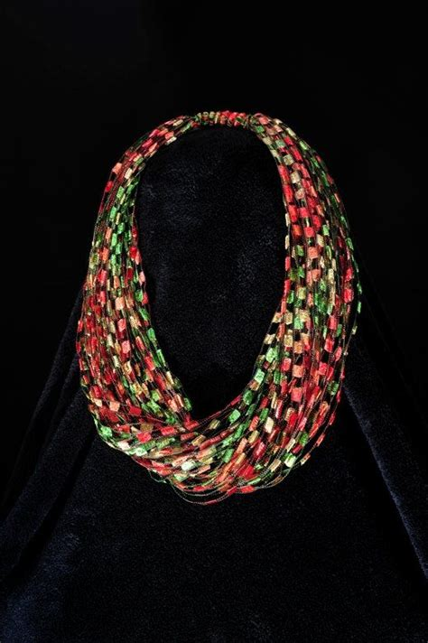 pattern for trellis yarn necklaces autumn leaves trellis yarn necklace scarf leaves yarns