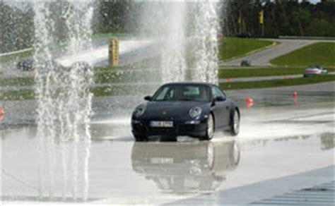 Porsche Sicherheitstraining by Adac Sicherheitstraining Und Offroad Kurse Im Neuesten Porsche