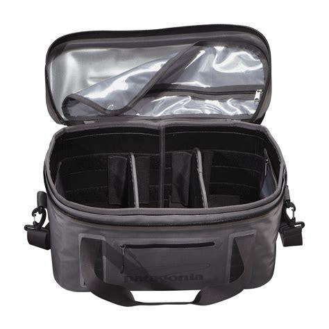 patagonia boat bag patagonia great divider gear bag reviews and sales of