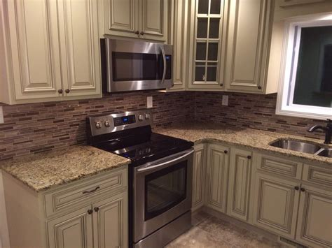 heritage kitchen cabinets 17 best images about knoxrail salvage on pinterest