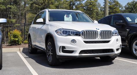suv bmw 2016 2016 bmw x5 suv white color autocar pictures