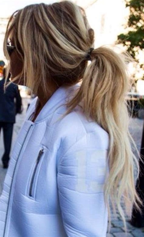 pls show infront of hair howwefixahub please someone show me the secret to messy ponytails