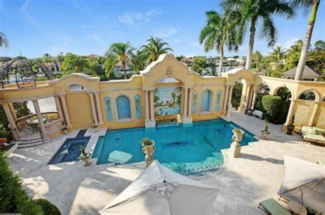 dion s house exclusive dion s jupiter house on market for