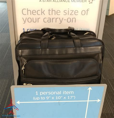 carry on luggage size united airlines what is the united and american airlines carryon bag check