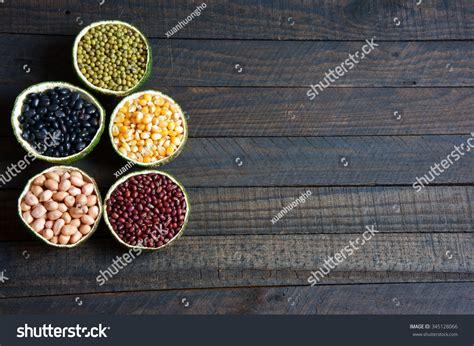 vitamin b carbohydrates of cereals healthy food rich vitamin b fibre