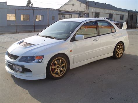 mitsubishi evolution 2006 2006 mitsubishi lancer evolution pictures to pin on