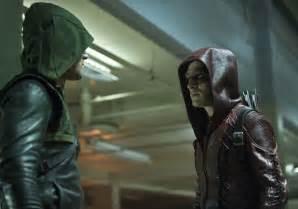 Arrow season 3 premiere images the calm before the storm