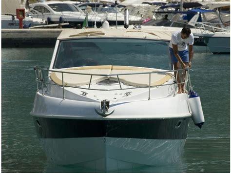 motoscafi cabinati barca mistral delta inautia it inautia