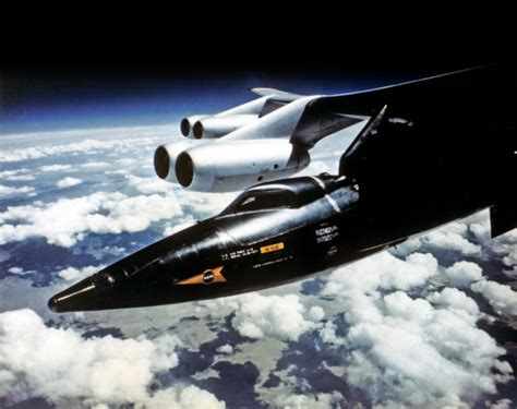 Outstanding photos of the X-15, the fastest manned rocket ... X 15 Cockpit