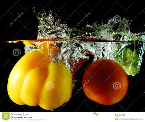 vegetables z wave vegetables dropped water stock photos image 3523783