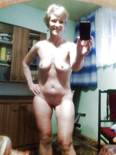 Granny And Mature Selfies Pics XHamster