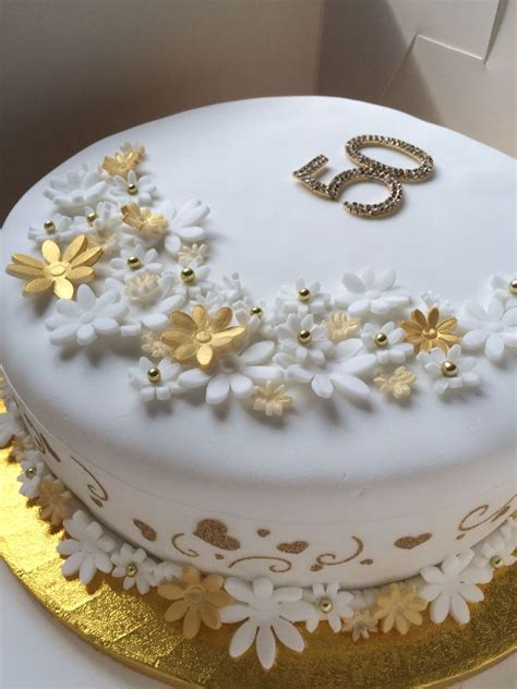 Golden Wedding Anniversary Cake. 50 years of marriage