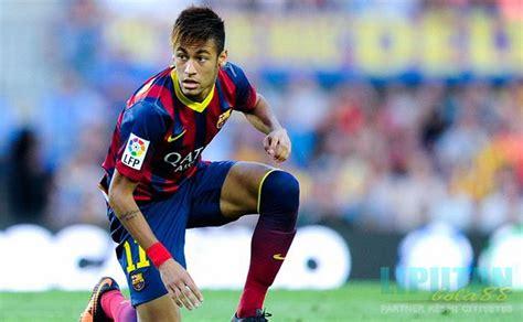 Sepatu Bola Pemain Dunia skill terbaik pemain sepak bola dunia