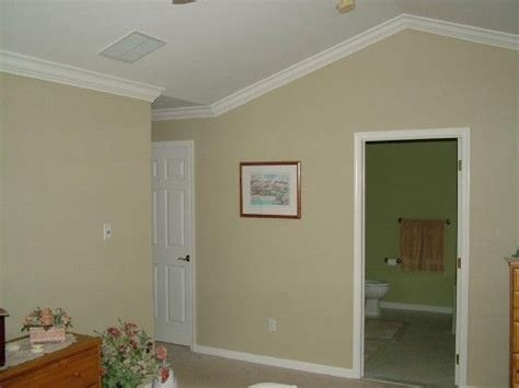 ceiling fan crown molding crown molding on angled vaulted ceilings now i want this