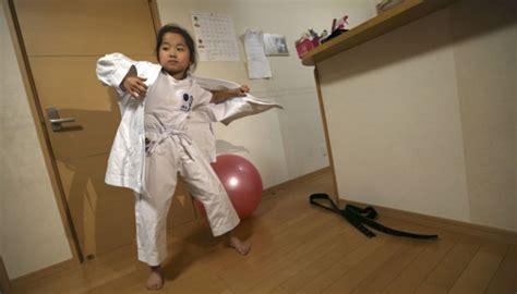 Baju Karate Anak ini penjelasan dokter kenapa baju anak harus nyaman gaya tempo co