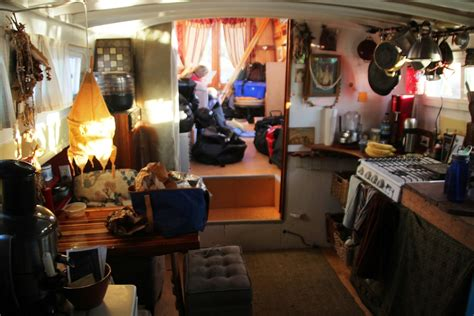 houseboat with garage garages and houseboats 171 global mobile family