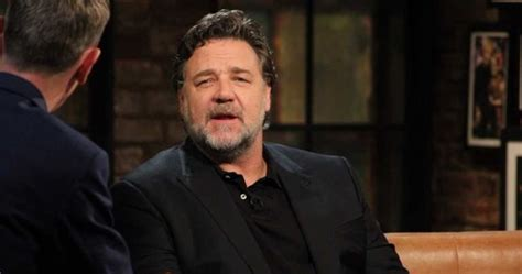 russell crowe   time  reading   patrick